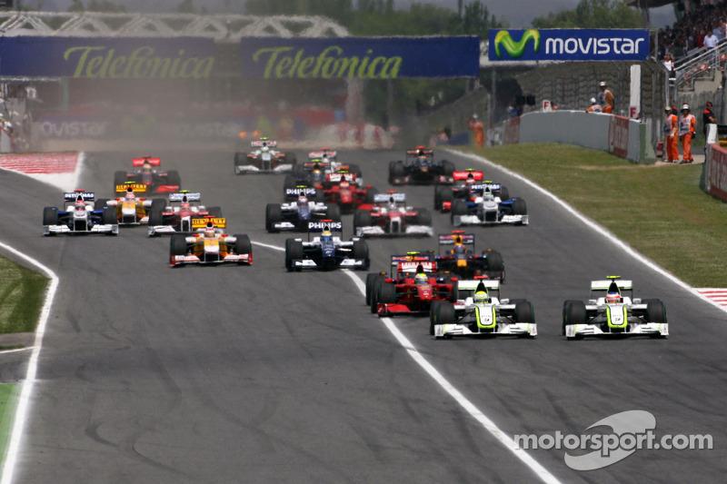 Start: Rubens Barrichello, Brawn GP ve Jenson Button, Brawn GP