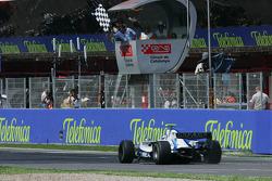 Edoardo Mortara takes the checkered flag