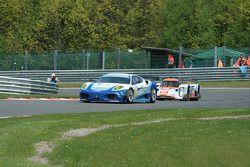 La Ferrari F430 GT N°96 (Michael McInerney, Sean McInerney, Michael Vergers) et la Lola Aston Marti