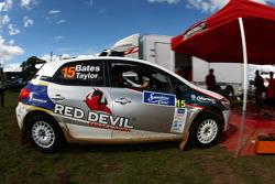 Neal Bates et Coral Taylor, Neal Bates Motorsport