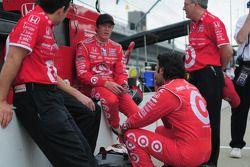 Scott Dixon, Target Chip Ganassi Racing et Dario Franchitti, Target Chip Ganassi Racing assistent à