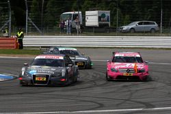 Christian Bakkerud, Kolles TME, Audi A4 DTM dépasse Susie Stoddart, Persson Motorsport, AMG Mercedes