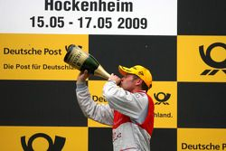 Podium: race winner Tom Kristensen, Audi Sport Team Abt