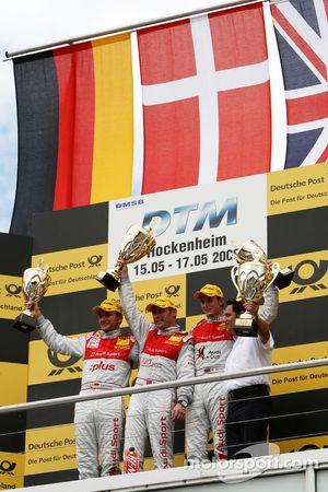 Podium: Podium: le vainqueur Tom Kristensen, Audi Sport Team Abt, seconde place pour Timo Scheider,