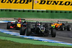 Stefano Coletti, Prema Powerteam, Dallara F308 Mercedes, devance Mika Mäki, Signature, Dallara F308 Volkswagen, Sam Bird, Mücke Motorsport, Dallara F308 Mercedes