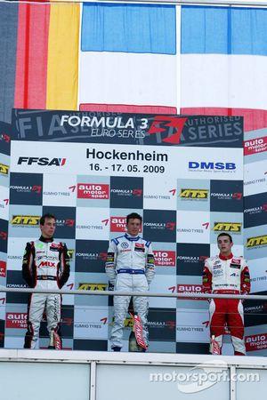 Podium, Jean-Karl Vernay, Signature, Christian Vietoris, Mücke Motorsport, Jules Bianchi, ART Grand Prix
