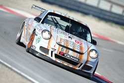 La Porsche 911 GT3 Cup N°02 : Nick Parker, Carl Skerlong