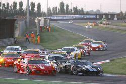 #50 AF Corse Ferrari 430 GT2: Toni Vilander, Gianmaria Bruni, #40 Marc VDS Racing Team Ford GT: Bas
