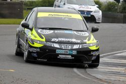 James Thompson leads Tom Chilton