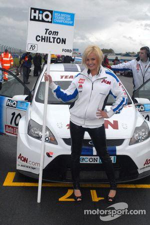 Tom Chilton's grid girl