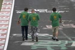 Fans walk the track at Brünnchen