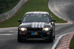 #135 DoÃàrr Motorsport BMW 120d: Heiko Hahn, Kristian Vetter, Frank Weishar, Tom Moran