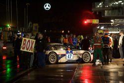 #47 BMW Z4-M Coupe: Heinz Schmersal, Christoph Koslowski, Stefan Roesler, Mike Stursberg sur la pitlane