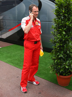 Stefano Domenicali, Scuderia Ferrari Direktörü goes to FOTA meeting, Flavio Briatore yacht