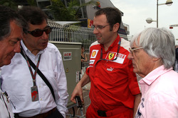 Stefano Domenicali, Scuderia Ferrari Direktörü ve Bernie Ecclestone goes to FOTA meeting, Flavio Bri