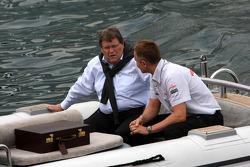Norbert Haug, Mercedes, Motorsport chief ve Martin Whitmarsh, McLaren, Şef Sorumlusu, his way to FOT