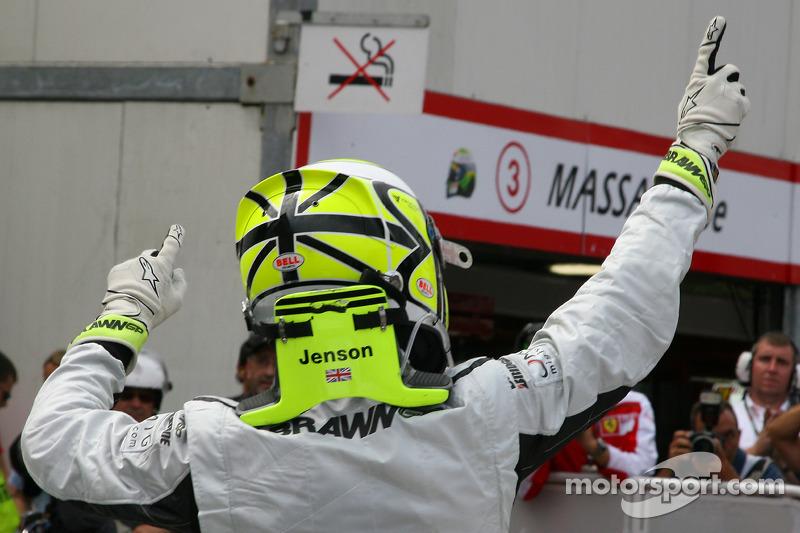 Jenson Button, Brawn GP gets Pole: position
