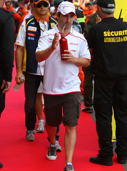 Timo Glock, Toyota F1 Team ve Nelson A. Piquet, Renault F1 Team