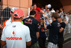Les pilotes Lewis Hamilton, McLaren Mercedes, Adrian Sutil, Force India F1 Team et Sebastian Vettel, Red Bull Racing