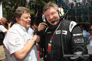Norbert Haug, Mercedes, Motorsport chief and Ross Brawn, Brawn GP, Team Principal