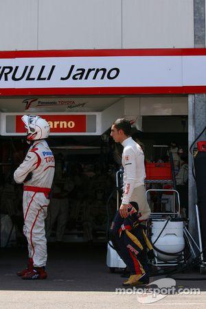 Sebastien Buemi, Scuderia Toro Rosso regresa a los pits