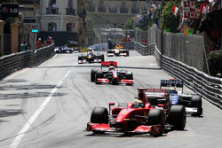 Felipe Massa, Scuderia Ferrari leads Nico Rosberg, Williams F1 Team