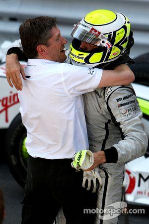 Nick Fry, BrawnGP, Chief Executive Officer, Jenson Button, Brawn GP, gana la carrera