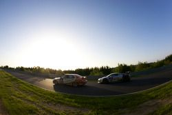 #170 BMW E36 M3: Richard Gartner, Ray Stubber, Paul Stubber, #100 Team Abt Sportsline Audi R8 LMS: Timo Scheider, Marco Werner, Matthias Ekström