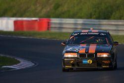 #165 DüRenér Motorsport Club e.V. BMW 325: Bernd Küpper, Benjamin Weidner, Jochen Hudelmaier, Arndt Hallmanns