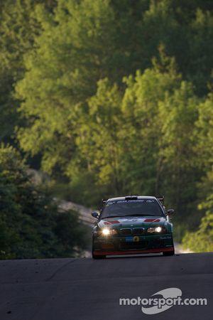 #70 BMW E46 M3: Frank Nöhring, Colin White, Lasse Osterild