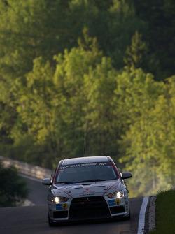 #89 TIC-Racing GbR Mitsubishi Lancer Evo X: Karsten Quadder, Uwe Nittel, Takao Matsui, Tobias Hagenmeyer