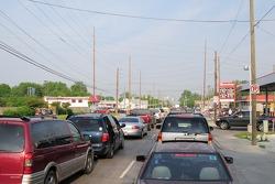 Tráfico afuera del speedway