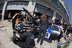 Arrêt pour la #69 Dörr Motorsport GmbH BMW Z4-M Coupe: Rudi Adams, Luca Ludwig, Arnd Meier, Markus Grossmann