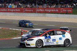 #87 Costa Ovest Promotorsport Seat Leon: Umberto Nacamuli, Piero Limonta, Gianni Checcoli, Riccardo Meloni