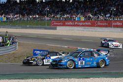 Steam-racing GmbH Porsche 997 GT3 Cup : Michael Schratz, Jochen Herbst, Nick de Bruijn, Evgeny Tsarev; MSC Adenau e.V. im ADAC BMW E46 M3 GTS : Jörg Viebahn, Rodney Forbes
