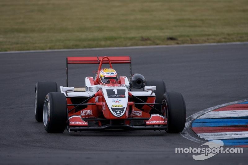 A carreira de Bianchi começou em 2007, na Fórmula Renault 2.0, quando ganhou o campeonato com 5 vitórias e 11 pódios. Em 2008, ele competiu na F3 Europeia, em que terminou em 3º no campeonato, que foi vencido por Nico Hulkenberg. Durante a temporada, ele conquistou 2 vitórias e 7 pódios para a ART Grand Prix.