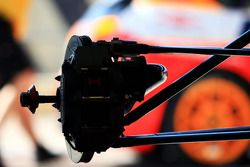F2 suspension and brakes