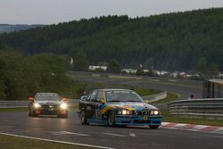 #152 BMW 318is: Günter Memminger, Stefan Memminger, Christoph Unterhuber