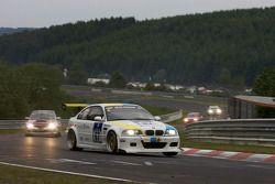 #67 BMW E46 M3: Oleksiy Kikireshko, Andrii Onistrat, Ralf Wagner