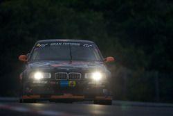 #81 Live-Strip.com Racing BMW Compact: Ulrich Neuser, Nicky Nufer, Fabian Plentz, Dennis Nägele