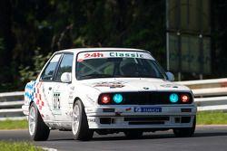 #375 BMW 325i: Marc Gutowski, Stefan Gutowski, Klaus Heubach