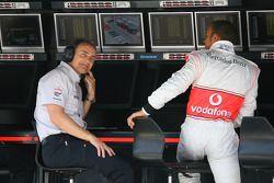 Martin Whitmarsh,chef exécutif de McLaren, avec Lewis Hamilton, McLaren Mercedes