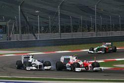 Timo Glock, Toyota F1 Team ve Nick Heidfeld, BMW Sauber F1 Team