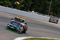 Denny Hamlin, Joe Gibbs Racing Toyota se fait pousser après avoir perdu la puissance