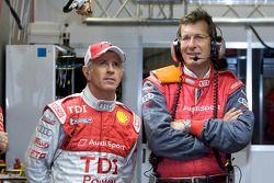 Rinaldo Capello et Ralf Juttner, le directeur sportif d'Audi Sport