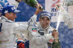 LMP1 podio: Stéphane Sarrazin y Marc Gene