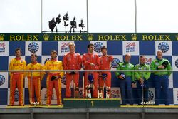 LMGT2 podium: class winners Jaime Melo, Pierre Kaffer and Mika Salo, second place Fabio Babini, Matteo Malucelli and Paolo Ruberti, third place Tracy Krohn, Nic Jonsson and Eric van de Poele