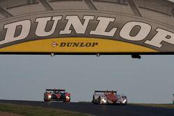 #15 Team Kolles Audi R10 TDI: Christijan Albers, Christian Bakkerud, Giorgio Mondini, #32 Barazi Epsilon Zytek 07S: Juan Barazi, Fernando Rees, Stuart Moseley