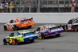 Joey Logano, Joe Gibbs Racing Toyota, Mark Martin, Hendrick Motorsports Chevrolet, Jamie McMurray, R