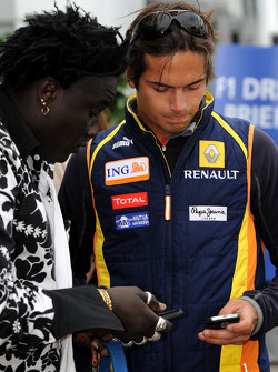 Nelson A. Piquet, Renault F1 Team ve Moko